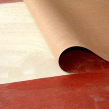 Как и чем приклеить линолеум к бетонному основанию?