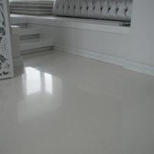 Обзор полиуретановых эмалей по бетону