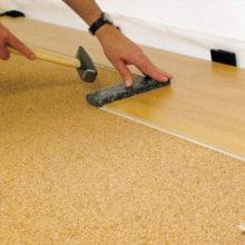 Какую лучше выбрать подложку для бетонной стяжки под ламинат
