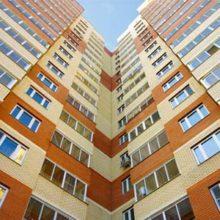 Из чего лучше построить дом — кирпич, панели или монолит?
