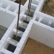 Несъемная опалубочная конструкция из пенополистирольных плит